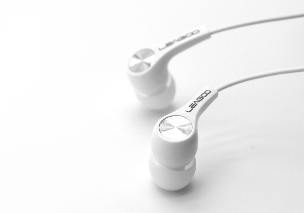 earpiece-3